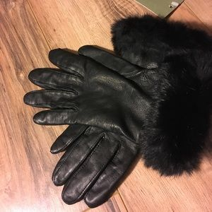 NWT women's Goodfellow leather faux fur gloves